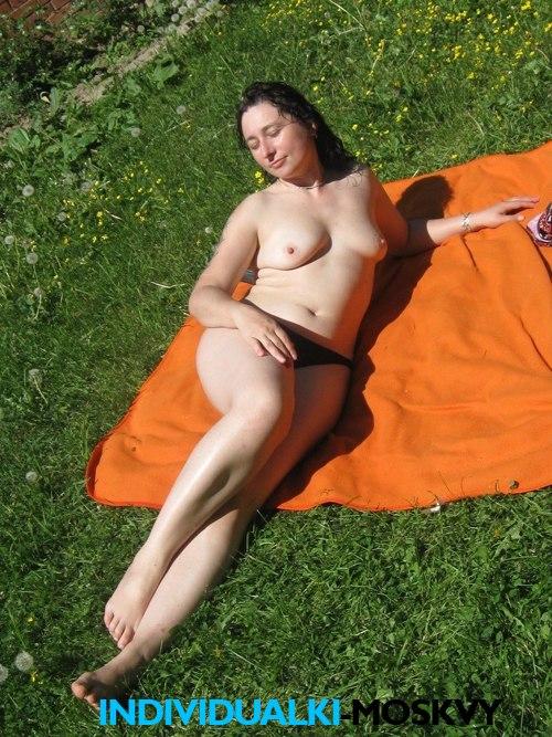 golie-devushki-porno-video-i-foto